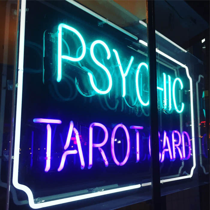 NZ Psychics - Clairvoyants, Psychic Readers, Tarot Card Readings